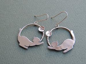 handmade sterling silver cat earrings