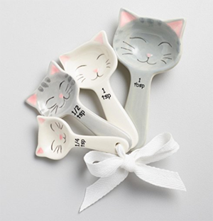 cat measuring cups spoons